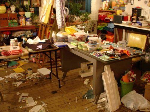 ゴミ屋敷や遺品整理など、沢山の不用品回収など大規模な片付けおよび処分にも対応