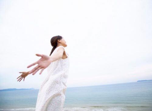 不用品処分・片付けのサポートで、部屋を片付けられない女性の悩みから解放させる 東大阪・八尾・守口・大阪