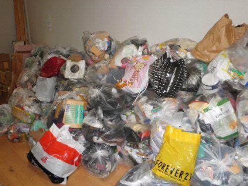 大阪市内のゴミ屋敷片付けは汚物を含む悪臭元も封印しながら進行