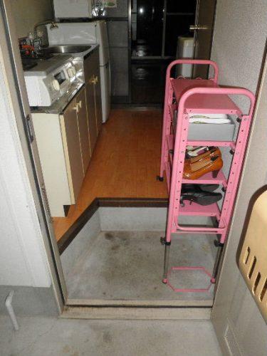 八尾市のゴミ屋敷の玄関片付けアフターの状態