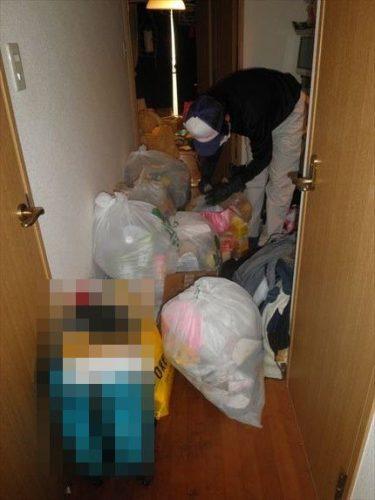 千里の道も一歩から。 汚部屋の不用品も一つ一つ進めるコトが肝心。