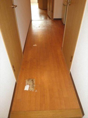 廊下途中1