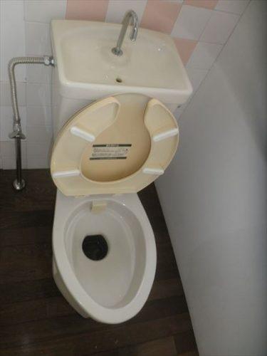 トイレA1
