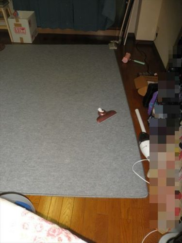 床がスッキリと見える状態までに回復した元汚部屋