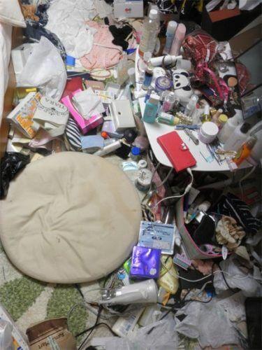 小物だらけで部屋が片付けない 一人暮らし女子の為の片付けサービス トリプルエス