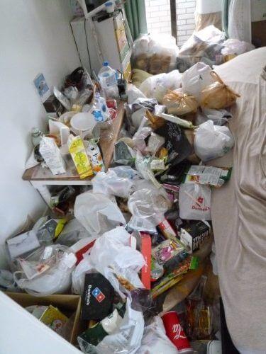 大阪市鶴見区の汚部屋片付けと不用品格安回収のビフォーアフター トリプルエス
