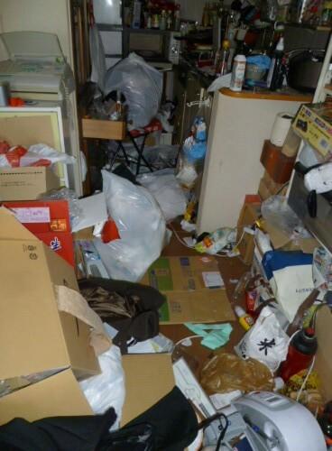 車いす生活で掃除を出来ないためにゴミ屋敷化してしまった部屋の不用品回収