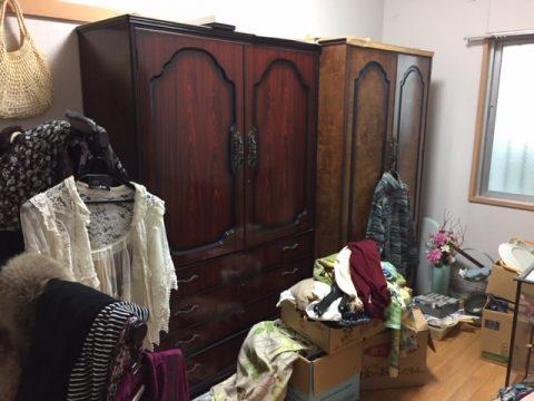 洋服ダンスに収まりきらない衣類の不用品処分 富田林市