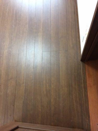 ネコ部屋の汚れた床が特殊清掃でキレイに 大阪